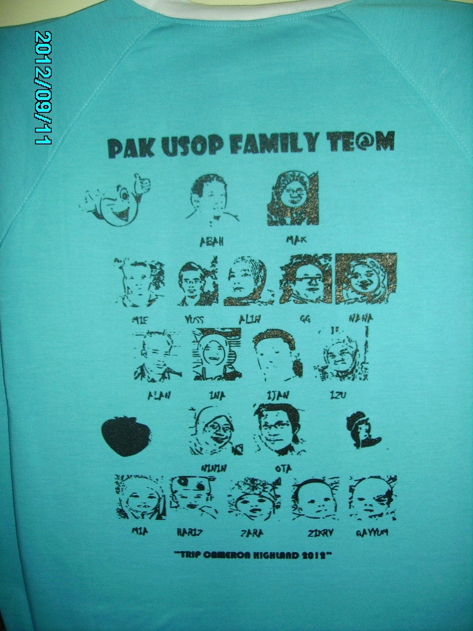 Contoh design t shirt family day - Baju Family Day