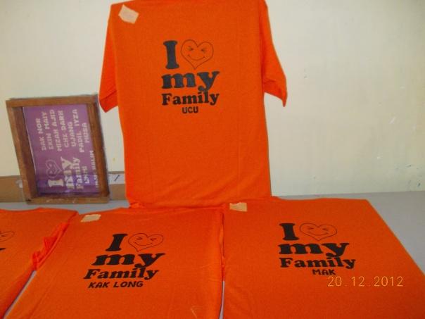 tshirt keluarga